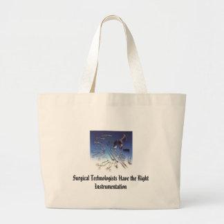 el instrumento los tecnólogos quirúrgicos tiene e bolsa de mano