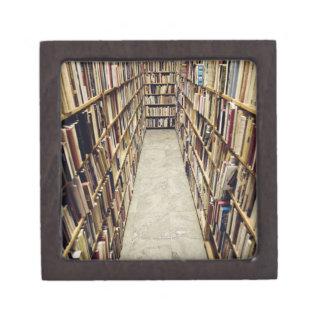 El interior de una librería de segunda mano Suecia Caja De Joyas De Calidad