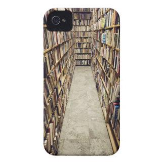 El interior de una librería de segunda mano Suecia Case-Mate iPhone 4 Cárcasas