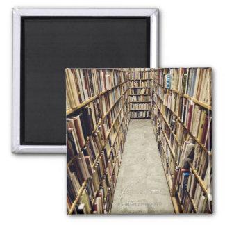 El interior de una librería de segunda mano Suecia Imán Cuadrado