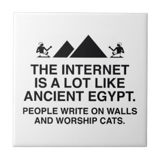 El Internet es mucho como Egipto antiguo Azulejo Cuadrado Pequeño