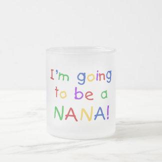 El ir a ser una Nana - camisetas de los colores pr Taza De Café