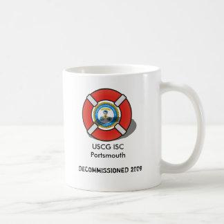El ISC Portsmouth de USCG desarma Taza