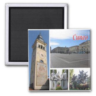ÉL - Italia - Cuneo - mosaico del collage Imán Cuadrado