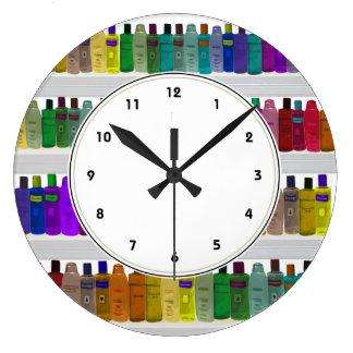El jabón del arco iris embotella el reloj colorido