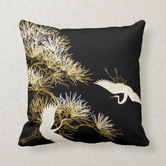 El japonés Cranes la almohada negra de White Birds