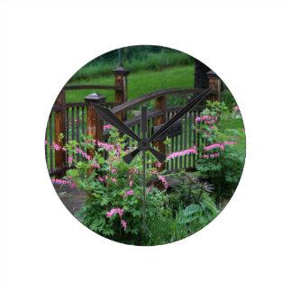 El jardín de Mercury Reloj Redondo Mediano