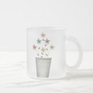 El jardín del gramo · Flores en cubo Taza De Cristal