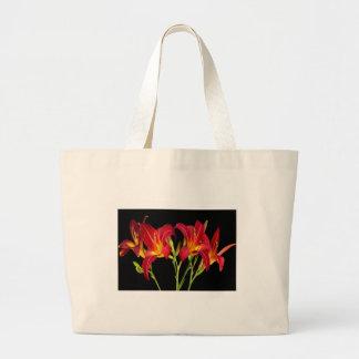 El jardín exótico rojo florece los regalos bolsa tela grande