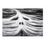 El jefe del leviatán (surrealismo blanco y negro) postales