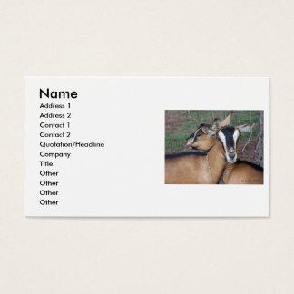 El joven alpino de la cruz de la cabra de tarjetas de visita