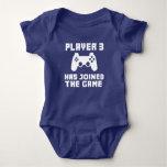 El jugador 3 se ha unido a al bebé divertido del body para bebé