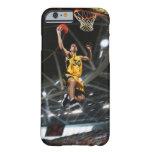 El jugador de básquet que salta en aire funda de iPhone 6 barely there