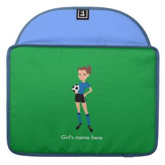 El jugador de fútbol del chica personalizado fundas para macbooks