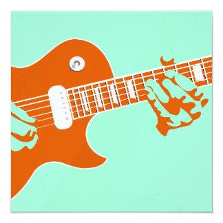 """El jugar de la guitarra invitación 5.25"""" x 5.25"""""""