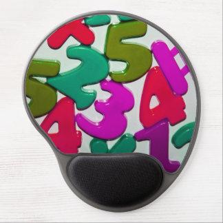 El juguete plástico numera el cojín de ratón del alfombrillas con gel