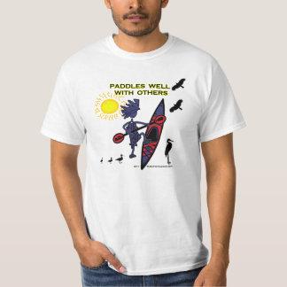 El kajak bate bien con otros II Camisas