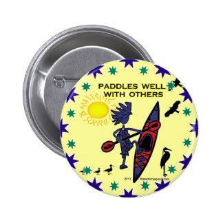 El kajak bate bien con otros II Pin Redondo De 2 Pulgadas
