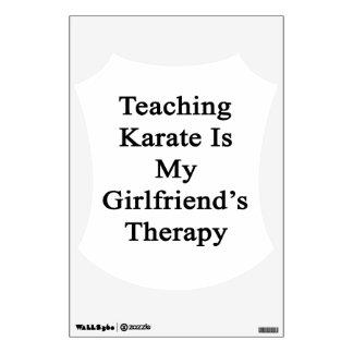 El karate de enseñanza es la terapia de mi novia