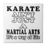 El karate no es apenas los artes marciales teja