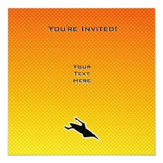 "El Kayaking amarillo-naranja Invitación 5.25"" X 5.25"""