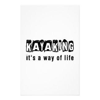 El Kayaking él es una manera de vida Papeleria Personalizada