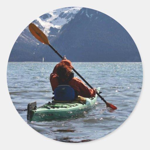 El Kayaking en bahía de la resurrección Etiqueta Redonda