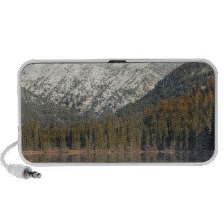 El Kayaking en el lago superior whitefish en iPod Altavoces