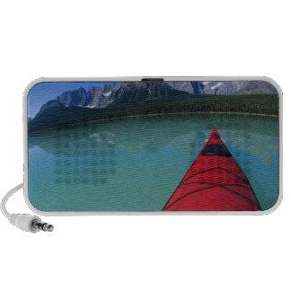 El Kayaking en el lago waterfowl debajo del pico d Laptop Altavoz