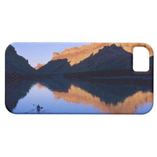El Kayaking en el río Colorado en español iPhone 5 Funda