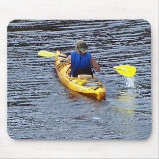 El Kayaking rio abajo Tapetes De Ratones
