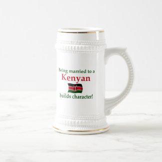 El Kenyan construye el carácter Taza