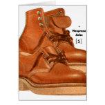 El kitsch retro del vintage calza el neopreno de l tarjeta