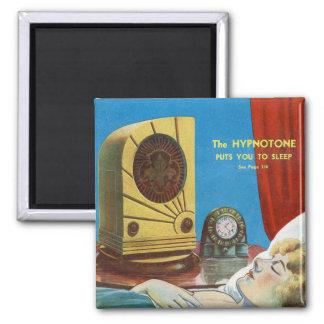 El kitsch retro del vintage hipnotiza la máquina d iman de nevera