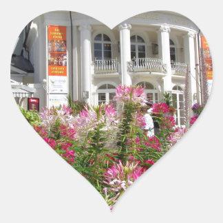 El Kurhaus de Meran, el Tyrol del sur Calcomanía De Corazón Personalizadas