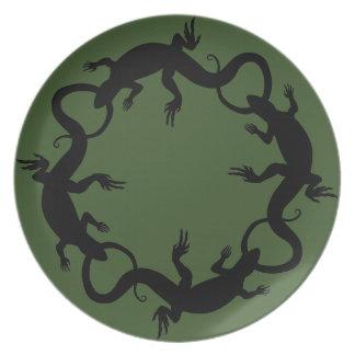 El lagarto platea los regalos del lagarto de las p plato para fiesta