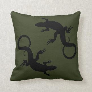 El lagarto soporta la decoración del lagarto de la cojín