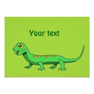 El lagarto verde lindo del dibujo animado embroma anuncios