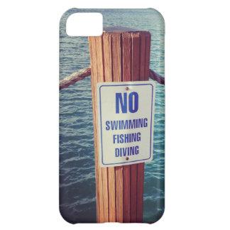 El lago gobierna la foto carcasa iPhone 5C