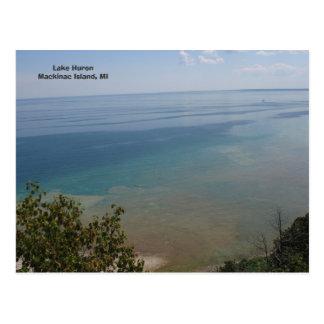El lago Hurón en la isla de Mackinac, MI Postal