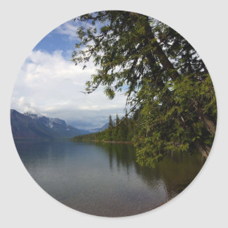 El lago Mcdonald es el lago más grande del glaciar Pegatinas
