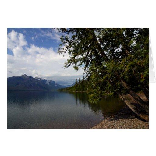 El lago Mcdonald es el lago más grande del glaciar Tarjeta De Felicitación