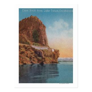 El lago Tahoe, CA - roca de la cueva de la opinión Postal