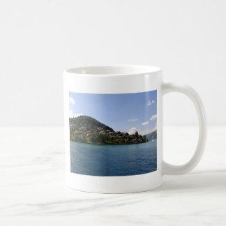 El lago taza