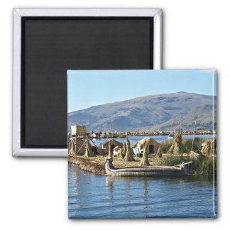 El lago Titicaca - isla flotante Imán Cuadrado