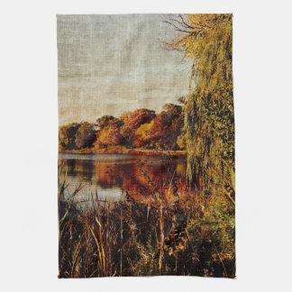 el landcsape de las reflexiones del otoño kitcen l toallas de mano