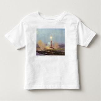 El lanzamiento de Saturn IB del proyecto de la T-shirt