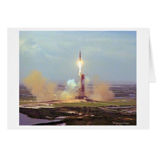 El lanzamiento de Saturn IB del proyecto de la pru Tarjeta De Felicitación