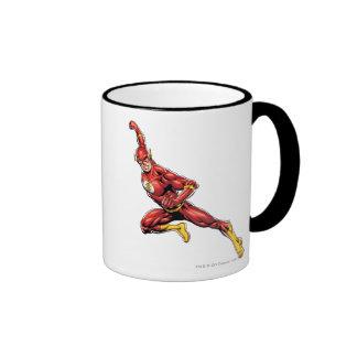 El lanzarse del flash taza de café