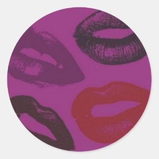 El lápiz labial besa a los pegatinas del modelo pegatina redonda
